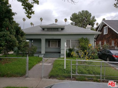 1532 N Kingsley Dr, Los Angeles, CA 90027