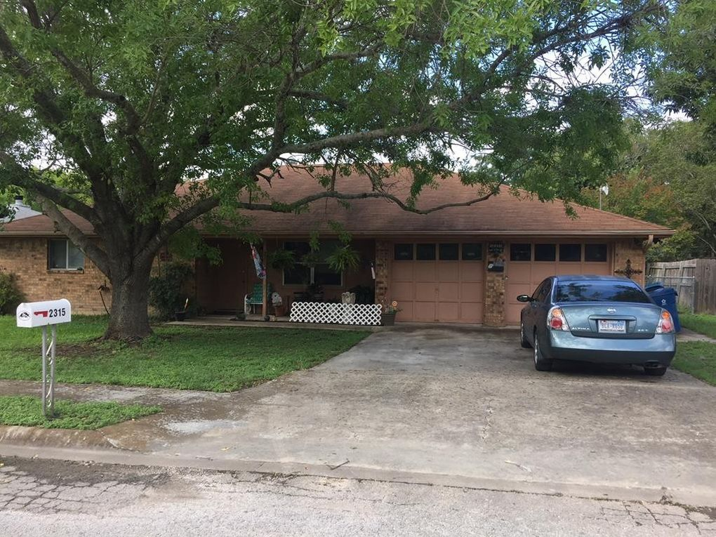 2315 Trails End, Kerrville, TX 78028