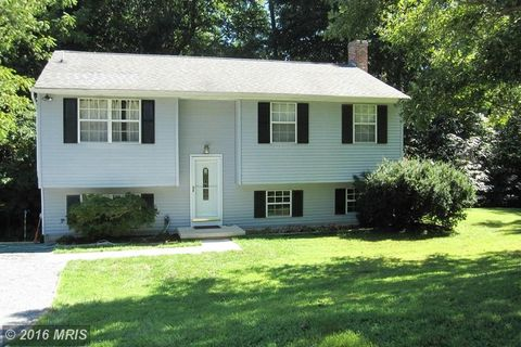 2611 Kerry Ct, Owings, MD 20736