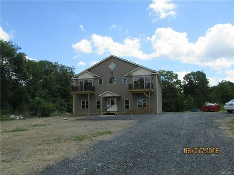 380 Lakeside Rd Unit A, Newburgh, NY 12550