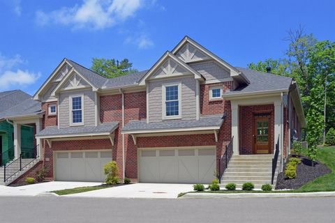 Photo of 4024 Creekside Pointe, Blue Ash, OH 45236
