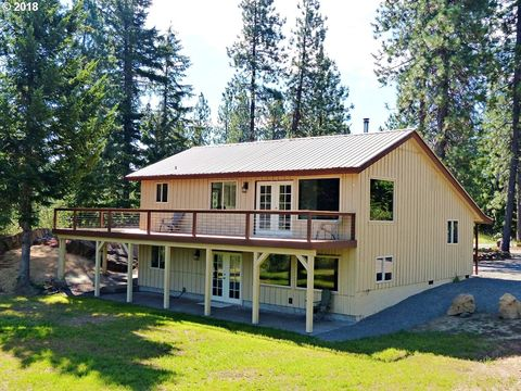19 Lava Rd, Trout Lake, WA 98650