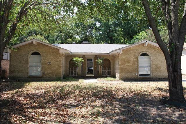 374 Lakeview Cir, Duncanville, TX 75137