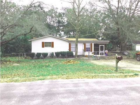 Photo of 706 7th St, Carrabelle, FL 32322