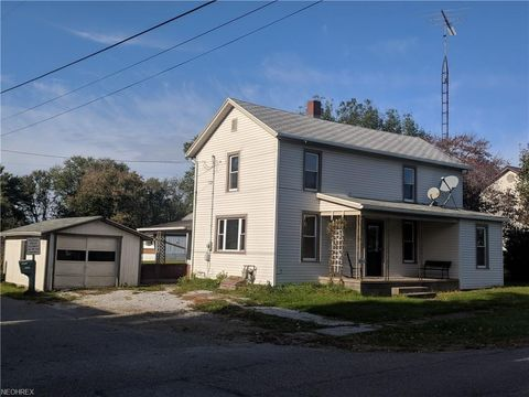 Photo of 6892 State Route 93 Nw, Dundee, OH 44624