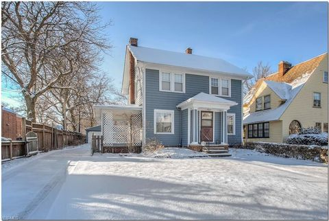 Photo of 3174 Corydon Rd, Cleveland Heights, OH 44118