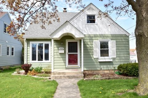 3057 N 89th St, Milwaukee, WI 53222