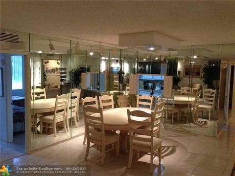 3900 Oaks Clubhouse Dr Apt 206, Pompano Beach, FL 33069
