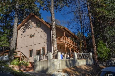 Photo of 1153 Bear Springs Rd, Rimforest, CA 92378