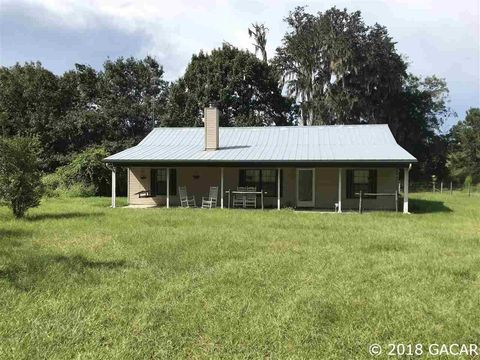 Photo of 19837 Sw County Road 237, Brooker, FL 32622