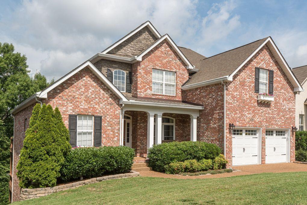 468 Summit Oaks Dr, Nashville, TN 37221