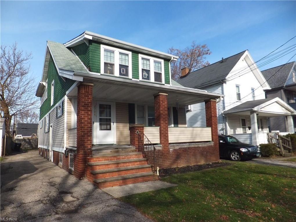 2704 Tate Ave Cleveland, OH 44109