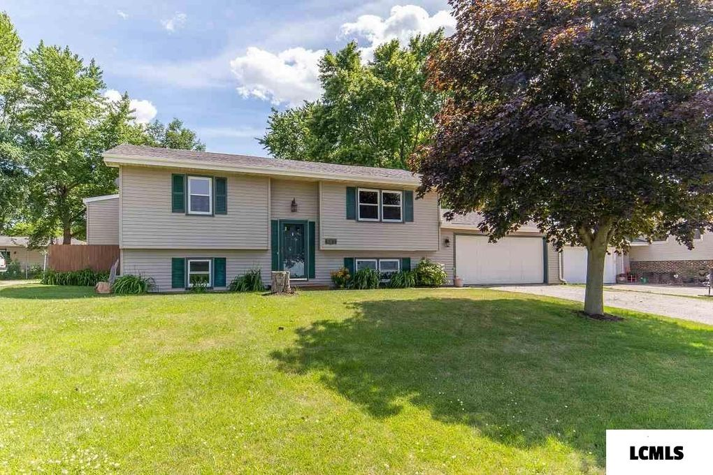 605 County Rd McLean, IL 61754