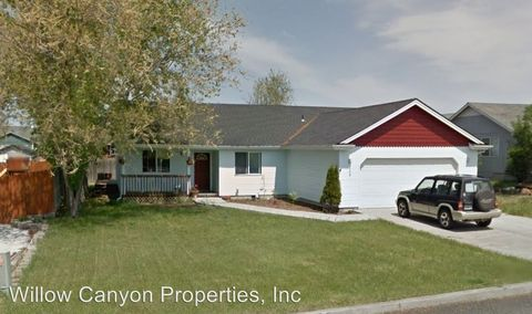 Photo of 309 E D St, Culver, OR 97734