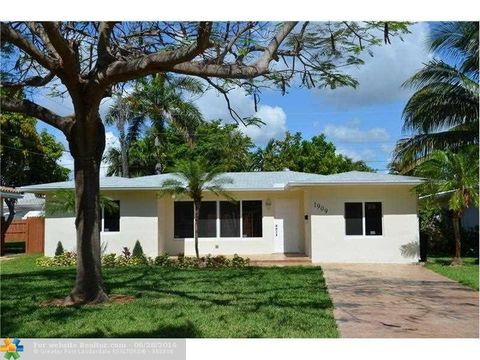 1909 Ne 16th Ter, Fort Lauderdale, FL 33305