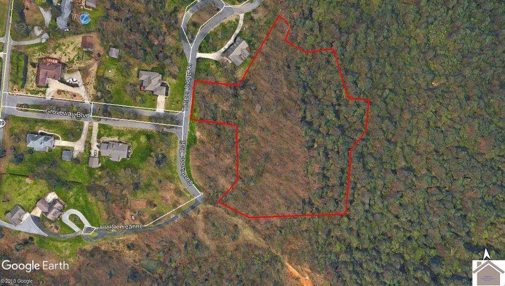 Timber Ridge Dr, Paducah, KY 42003