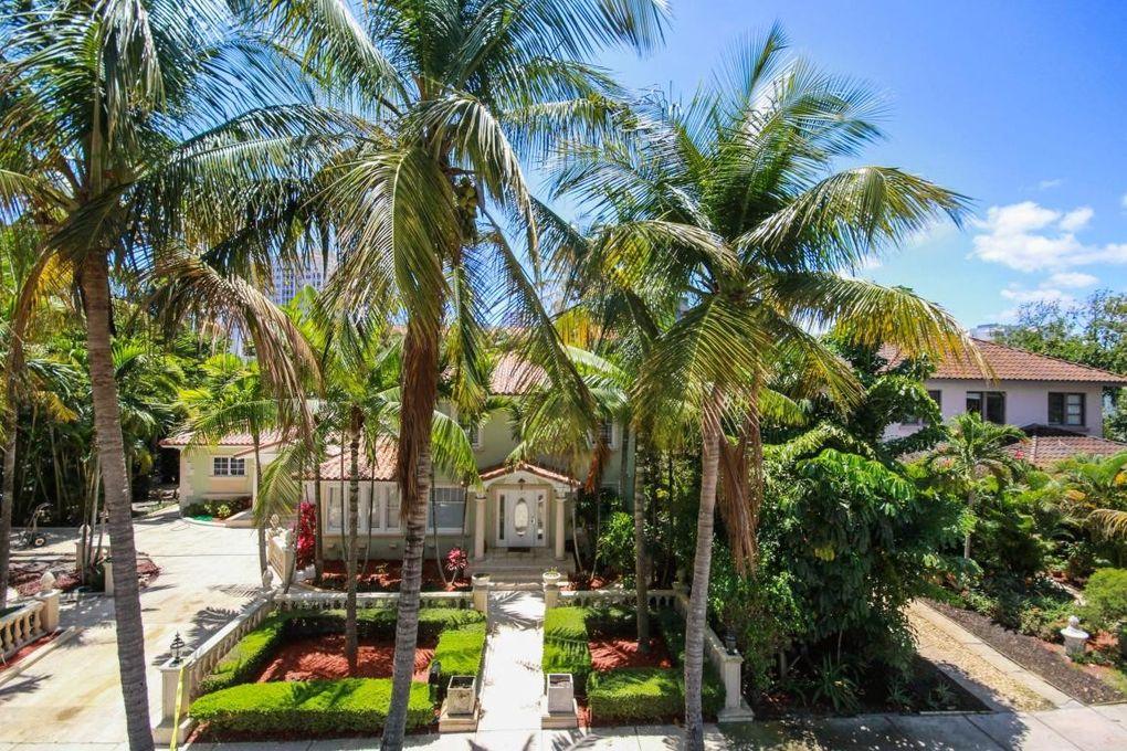 E Th St West Palm Beach Fl