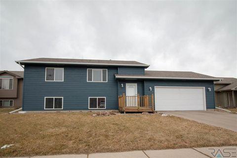 3909 S Villanova Ave, Sioux Falls, SD 57106