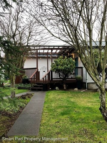 Photo of 10911 Morning Side Dr E, Puyallup, WA 98372