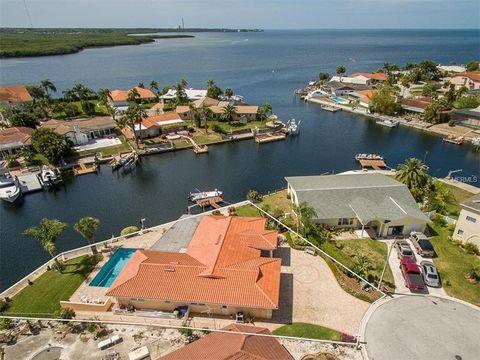 4948 Cabrilla Ct, New Port Richey, FL 34652