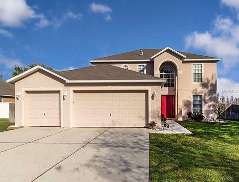 Photo of 1045 Tawny Eagle Dr, Groveland, FL 34736