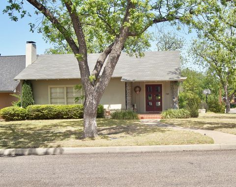 Photo of 424 S Adams St, San Angelo, TX 76901