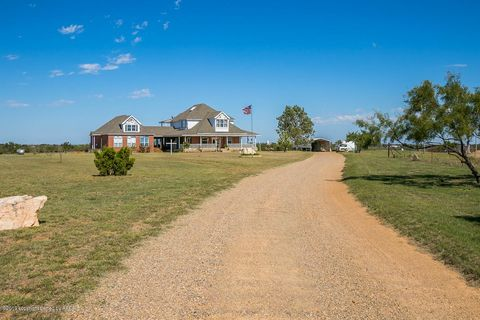 Photo of 12165 County Road S, Clarendon, TX 79226