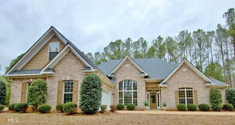 105 Foxford Run, Tyrone, GA 30290