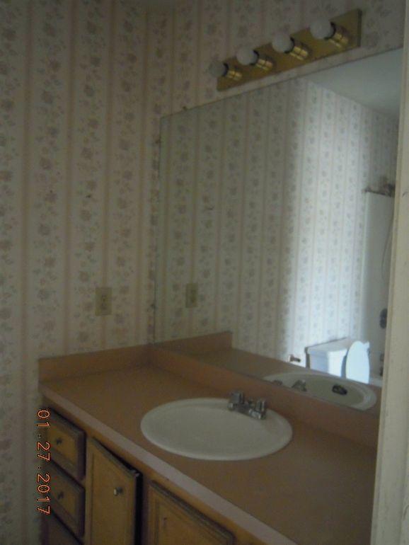 Bathroom Sinks Jackson Ms 426 riverbend dr, jackson, ms 39272 - realtor®