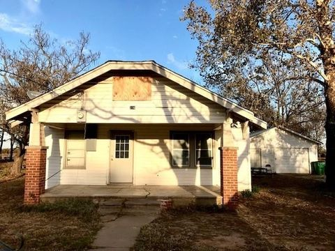 236 1st St Sunset Tx 76270 House For