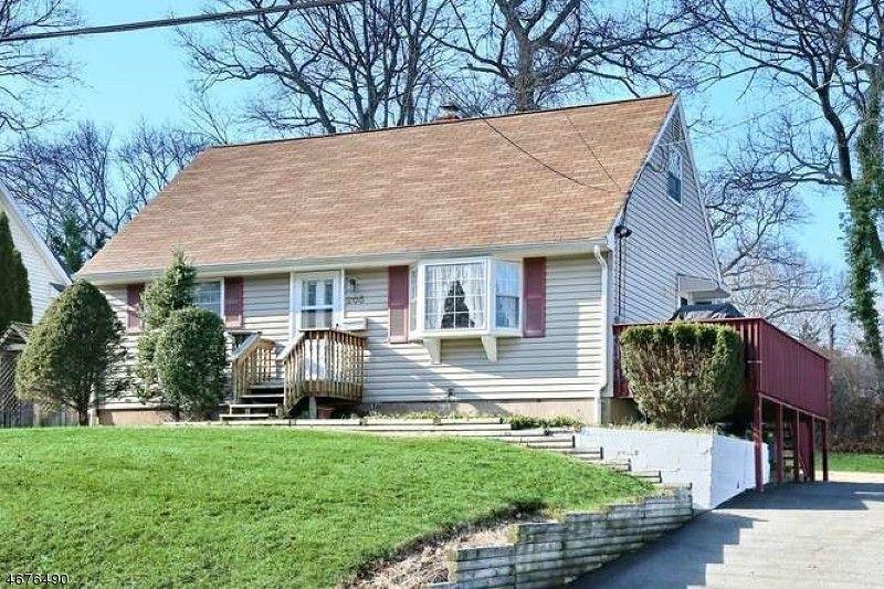 205 Spruce St Midland Park NJ 07432