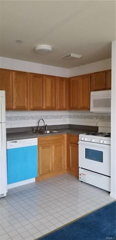 Photo of 109 Lighthouse Unit B, Bronx, NY 10473
