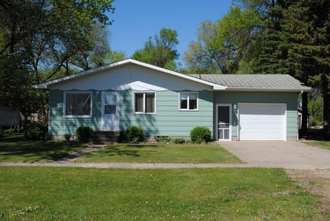 219 Chester Ave W, Bowdon, ND 58418