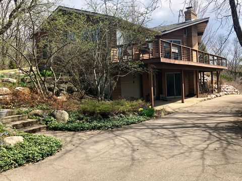 Photo of W7724 Deep Pond Rd, Whitewater, WI 53190
