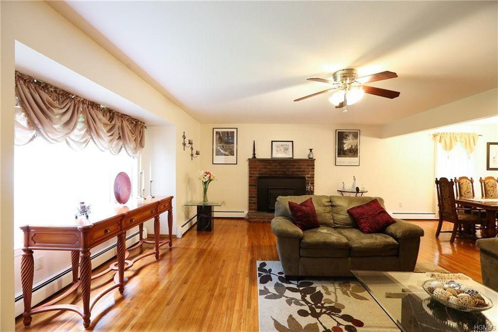 110 Gallows Hill Rd, Cortlandt Manor, NY 10567