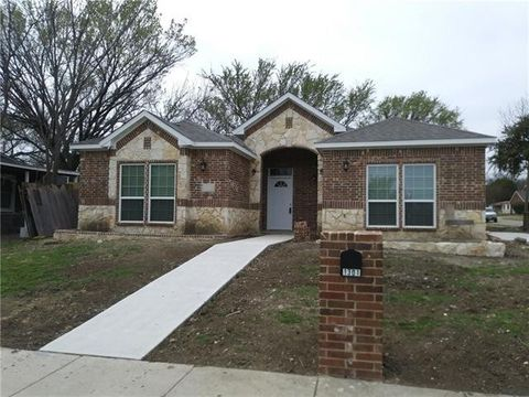 Photo of 1301 Cuero Dr, Garland, TX 75040
