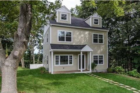 50 Prospect St, Wellesley, MA 02481