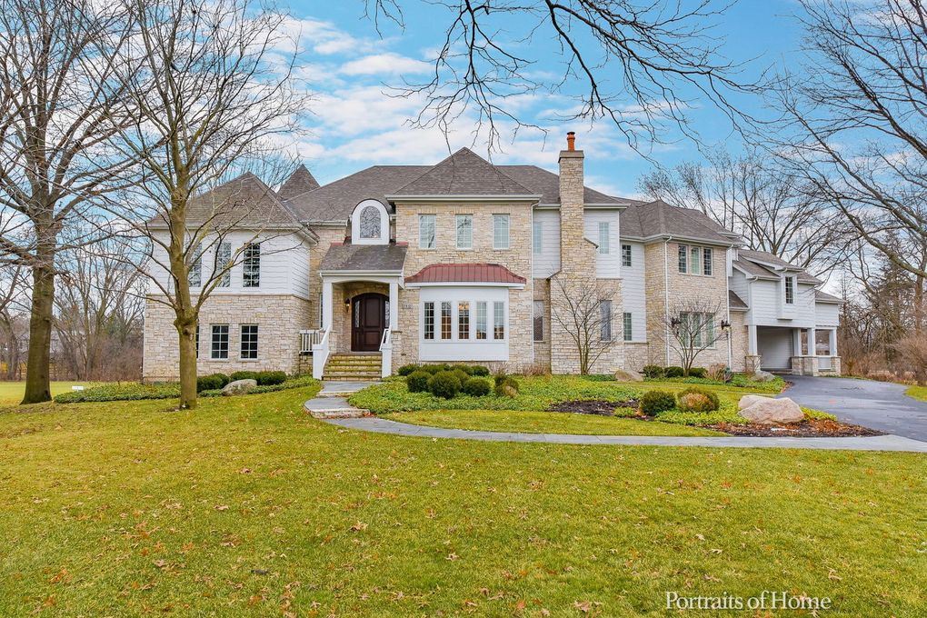 27W125 79th St Naperville, IL 60565