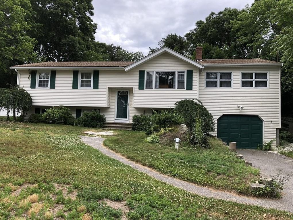 33 Clearwater Dr Plymouth Ma 02360 Realtor Com