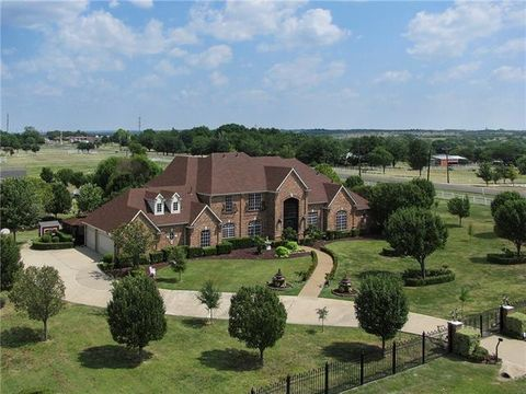 Photo of 2860 Rolling Meadows Dr, Rockwall, TX 75087