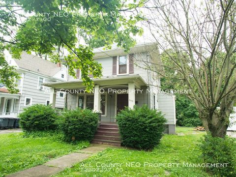 Photo of 193 Hyde Ave, Akron, OH 44302