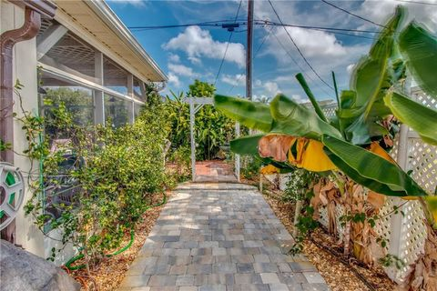 Waterfront homes for sale near englewood fl