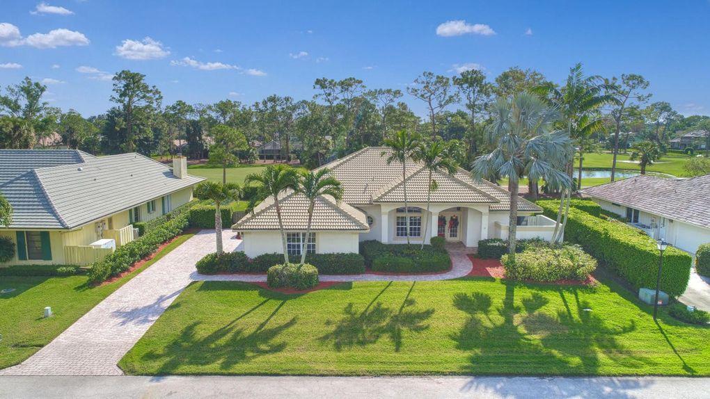 7 Berwick Rd, Palm Beach Gardens, FL 33418 - realtor.com®