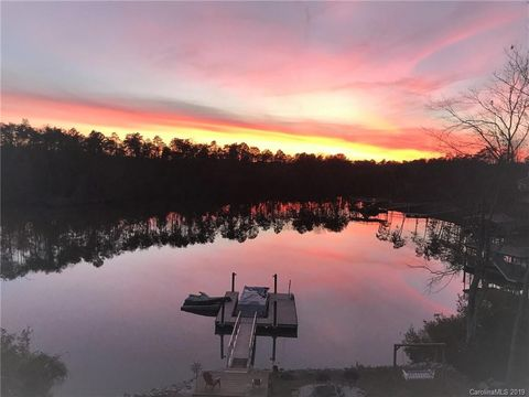 Photo of 29080 Low Country Ln, Lancaster, SC 29720
