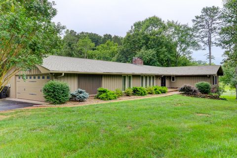 9912 Westland Dr, Knoxville, TN 37922