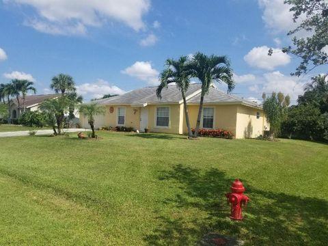 122 W Cypress Rd, Lake Worth, FL 33467