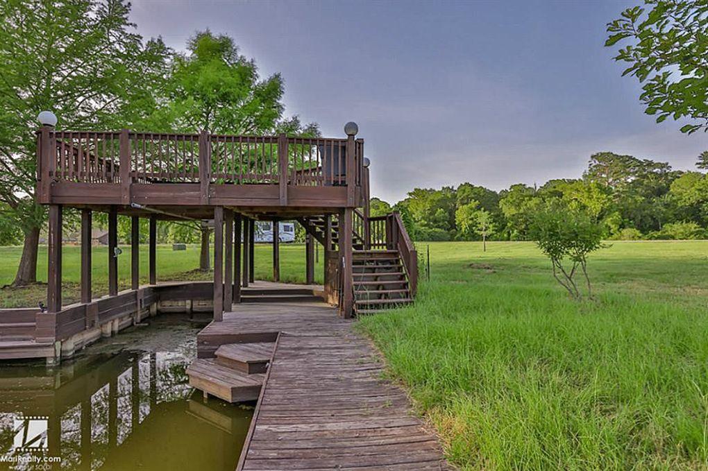 4 Wilderness Trl Huntsville, TX 77340