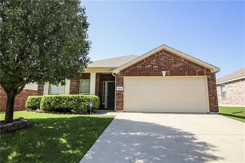 4 bedroom homes for sale in stone creek ranch fort worth for 7 bedroom homes for sale in texas