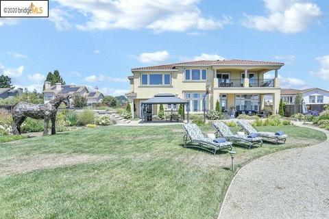 With Swimming Pool Homes For Sale In Oakland Ca Realtor Com