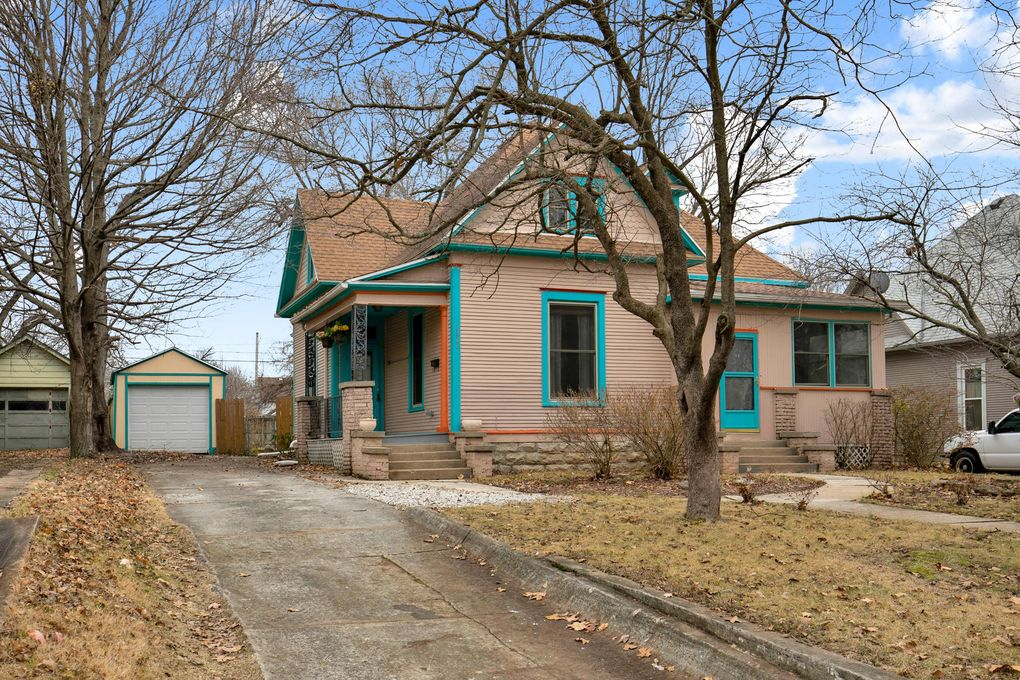 1320 N Clay Ave Springfield MO realtor